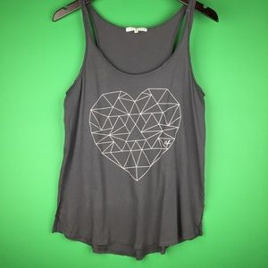 Junk Food M Graphic Tank Top Geometric Heart Gray